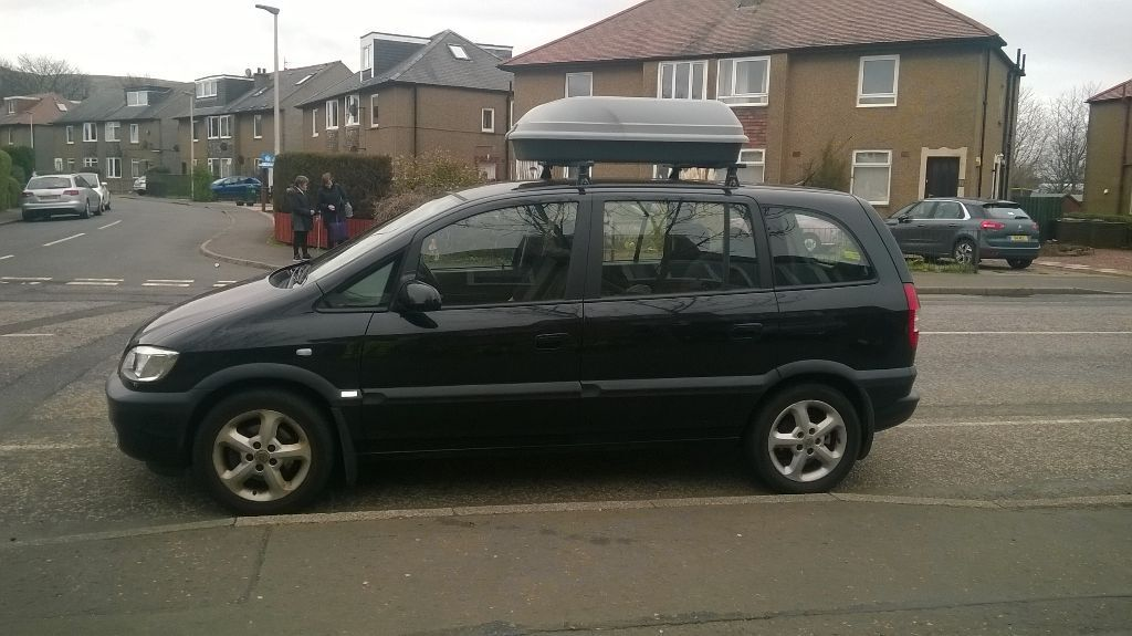 Vauxhall Zafira In Excellent Condition With Extra Storage