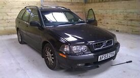 Breaking 2003 Volvo V40 Estate. 1.8 Petrol 115k miles. Parts for Sale Tested and Working.