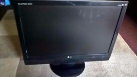 """LG Flatron 22"""" Wide Monitor TV HD Ready M208WA"""