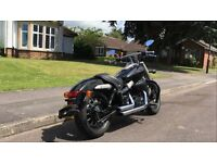 HONDA VT750 SHADOW BLACK SPIRIT ONLY 900 MILES 1 OWNER OVER £2000 OF EXTRAS £4650