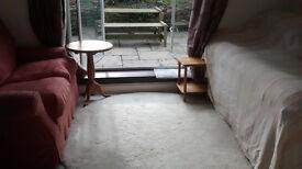 Short term Studio Apartment Sutton Courtenay terrace garden Single or couple holiday or business