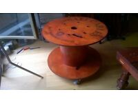 Unique cable drum coffee table on wheels excellent central London bargain