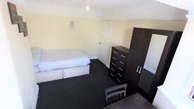 (A) Double Room in East Acton