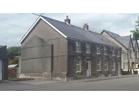 4 bedroom family semi detatched house