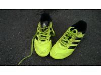 ADIDAS SIZE 3 FOOTBALL BOOTS