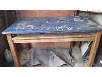 Workbench wooden. Dimensions - 147 cm long x 84 wide; height 84cm. Buyer collection