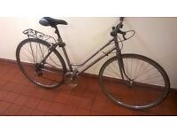 Classic ladies step through 6 gear bike excellent central London bargain