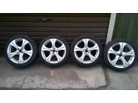 4x100 LIKE NEW 17 INCH ALLOYS WHELLS
