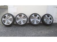 """22"""" Khan alloy wheels and tyres"""