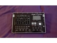 boss mulitrack recorder br-800 with drum machine and guitar effects