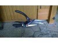 2 Wilkinson Sword Garden Shears