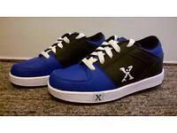 Heelys Blue/Black Sports Shoes - Size 4