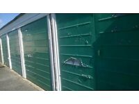 Garage to rent at Martins Close, Bottlesford - available now!!!!!!