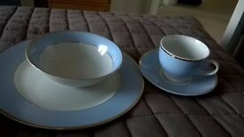 Doulton Gold edge 20 piece Dinner Service by Bruce Oldfield