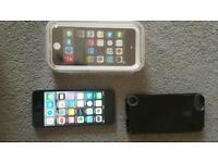 Ipod touch 5th gen 32gb with case in mint condition