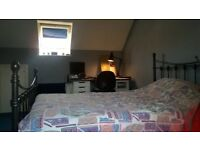 Double room flexible let in clean modern house 10 mins from UEA, NNUH and Science Park. £450 pm inc