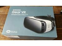 Gear vr headset with Bluetooth controller