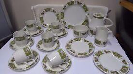Wood & Son Alpine White Tea Set