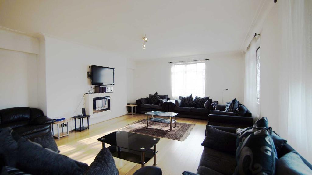6 bedroom flat in Fursecroft, Brown Street, W1H
