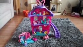 Minnie mouse playhouse playset