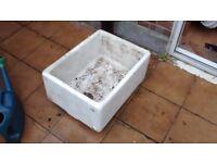 Butler / Belfast Sinks for Gardening
