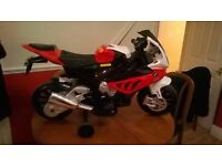 KIDS ELECTRIC RIDE-ON 'BMW S1000RR' MOTORBIKE, 12V, AGES 3-8 YEARS, GREAT FUN!! TEL.07803366789