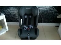 LOVELY CLEAN PAMPERO CAR SEAT SUITABLE FROM NEWBORN - 10 YEARS OLD