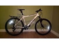 Carrera Valour Mountain Bike 20 inch frame 27.5 inch wheels excellent condition NEARLY NEW