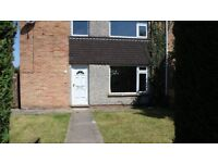 Large 3 bedroom property in Nailsea, front and rear garden