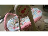 Mama's and Pappas musical baby swing