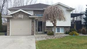 NEWER HOME - 3 BDRM 2 BATH, 2 LIVING AREAS IN LASALLE $1900 PLUS