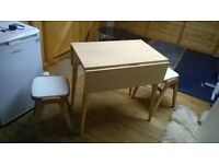 drop leaf table and 2 stools £30