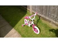 Girls pink bicycle ages 3-5