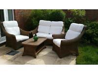Garden or conservatory furniture set