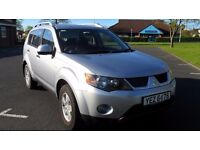 Mitsubishi Outlander Equippe 2.0 DI-D .... Late 2009 .. Low 72000 miles ... One Owner From NEW!