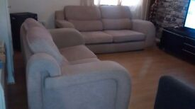 Can deliver stylish cream fabric 2+3 seater sofas in good condition