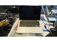 Macbook Pro ( Retina ). A1502 emc 2835 early 2015.Intel I5 2.7GHz, 8 Gig Ram 1867 DDR3