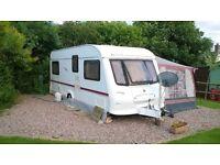 caravan for sale Elldis Avante 534 year 2004 , 4 birth fixed bed