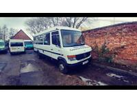 Mercedes mini bus 4.25litre twin wheel ideal camper runs and drives perfect long mot