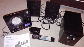 Spares or repair IWANTIT MICRO HIFI WITH CD AND DOCK