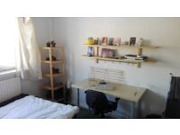 cheap and lovely Bethnal Green room 427pcm