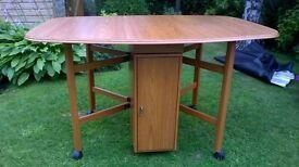 Drop leaf dining table - As new - Teak
