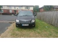 Chrysler grand voyager 2.8 diesel 7 seats 2007 stow and go