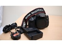 Canon eos 650D body only with the original charger