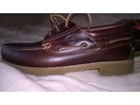 mens boat shoes size 7 brand new