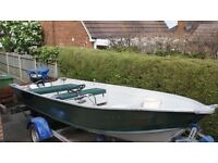 Lightweight, beautiful 16ft aluminium fishing boat with 25hp engine, fantastic road trailer, console