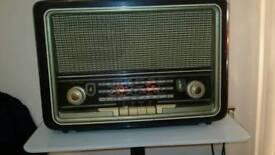 Bush radio 1940 or 1950