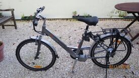 NEW UNUSED UNISEX URBANMOVER TOP SPECIFICATION ELECTRIC BICYCLE