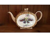 Vintage Sadler Barrel Shape Tea Pot