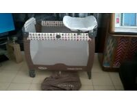 NICE CLEAN GRACO TRAVEL COT , PLAYPEN IDEAL FOR HOLIDAYS , SLEEPOVERS ECT